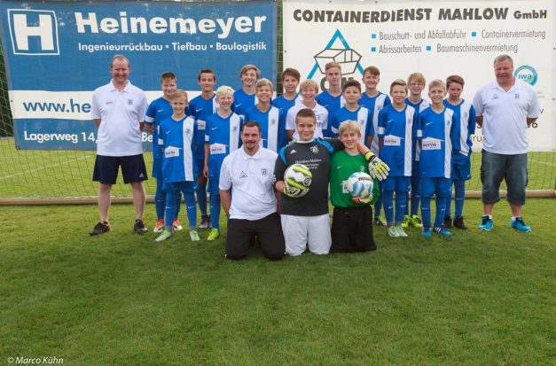 Mannschaftsfoto Saison 2016/17 (Foto: M. Kühn)