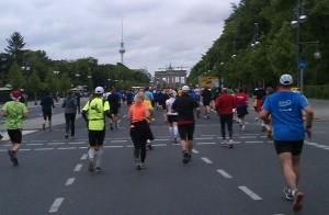 Auf dem Weg zum Brandenburger Tor (Foto: J. Hofsommer)
